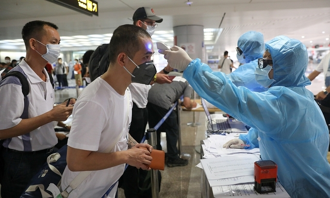 Health Ministry proposes to halve quarantine time for vaccine passport holders