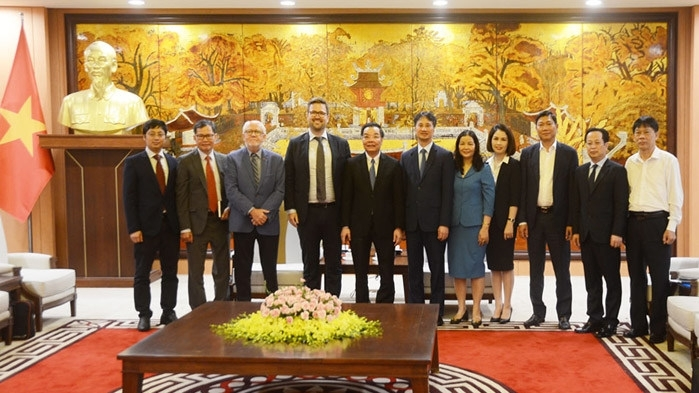 Vietnam News Today (April 17): NA Standing Committee holds meeting with full-time NA deputies