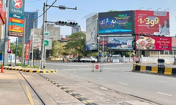 Overseas Vietnamese live in unease as Phnom Penh imposes blockage