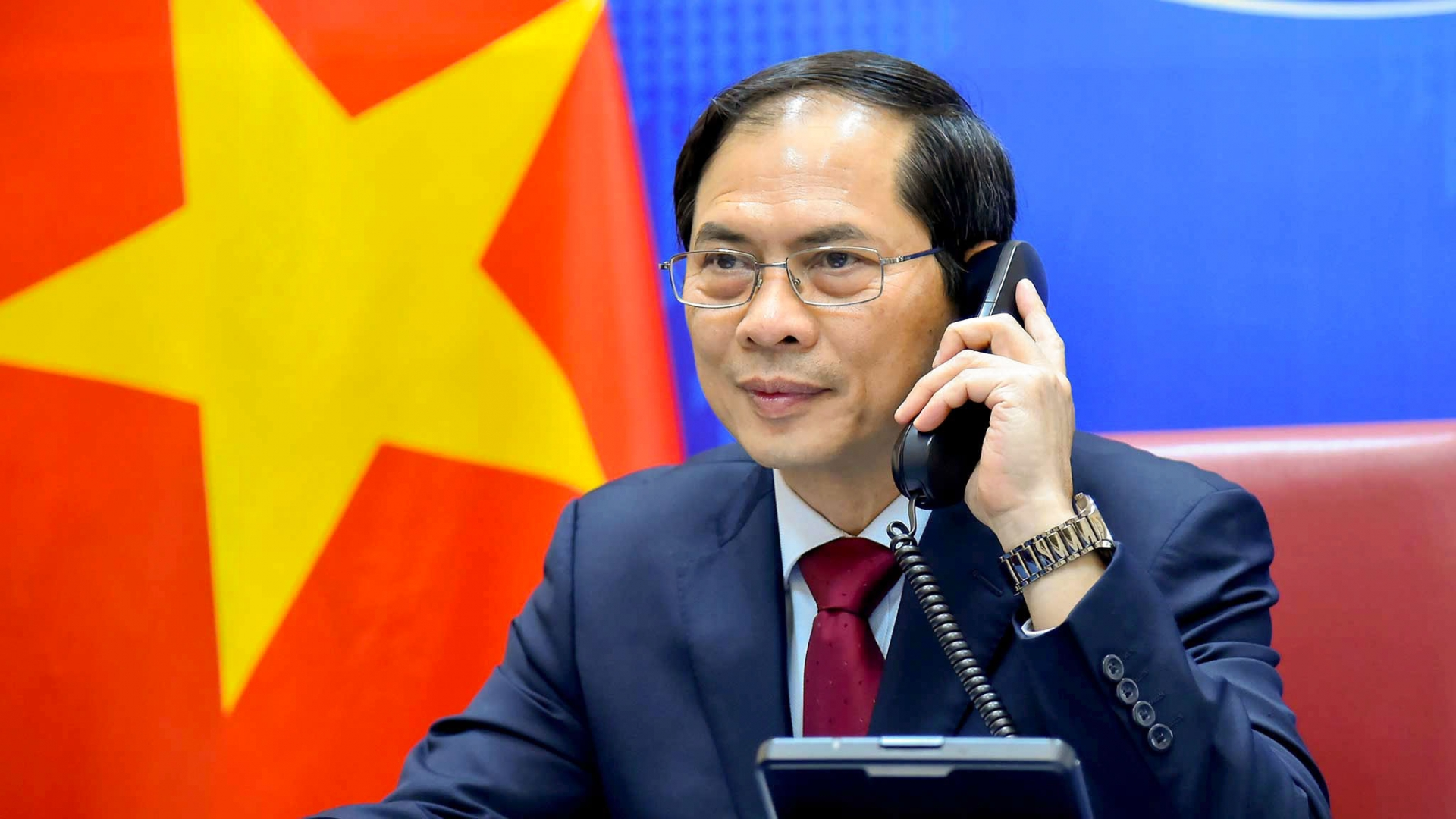 Vietnam News Today (April 18):  U.S. Lifts Viet Nam From Currency Manipulator List