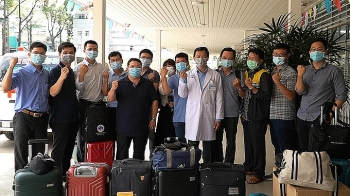 Cho Ray hospital sends medical experts to Southwest for Covid-19 support
