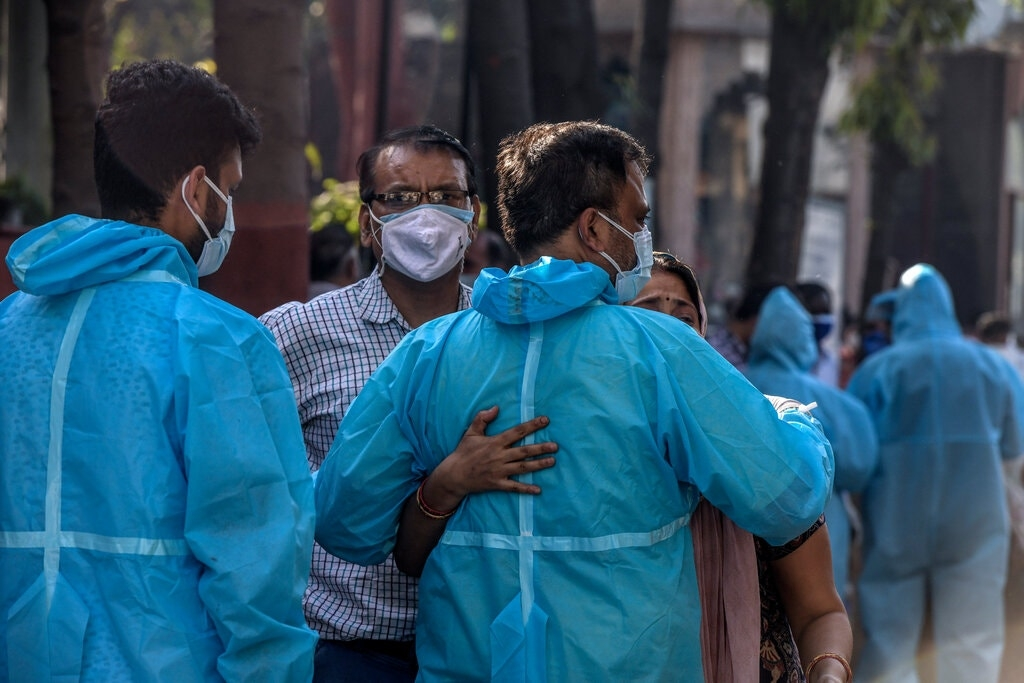 India's lastest Covid-19 updates: record numbers for 5th days straight, hospitals scramble for oxygen