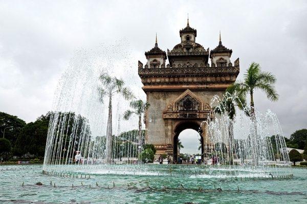 Regional Covid-19 outbreaks challenge Vietnam's resumption of int'l tourism