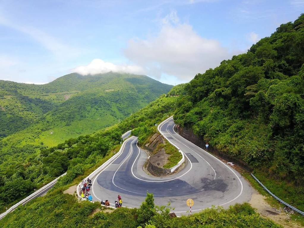 Hai Van Pass enters world's top 4 most checked-in routes