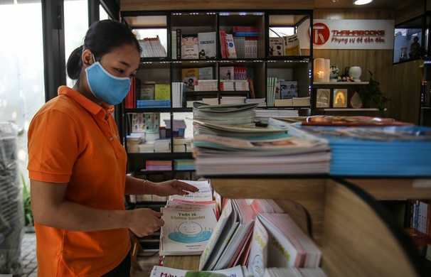Hanoi Book street reopens after social distancing ease