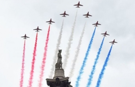 World news today:  RAF jets to roar over UK to mark 75th anniversary, 2020 NFL rescheduled