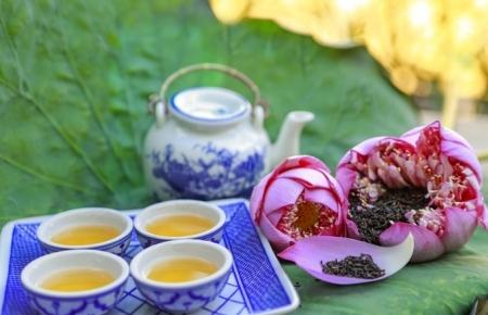 Hue's lotus tea, the fine art in the tea culture