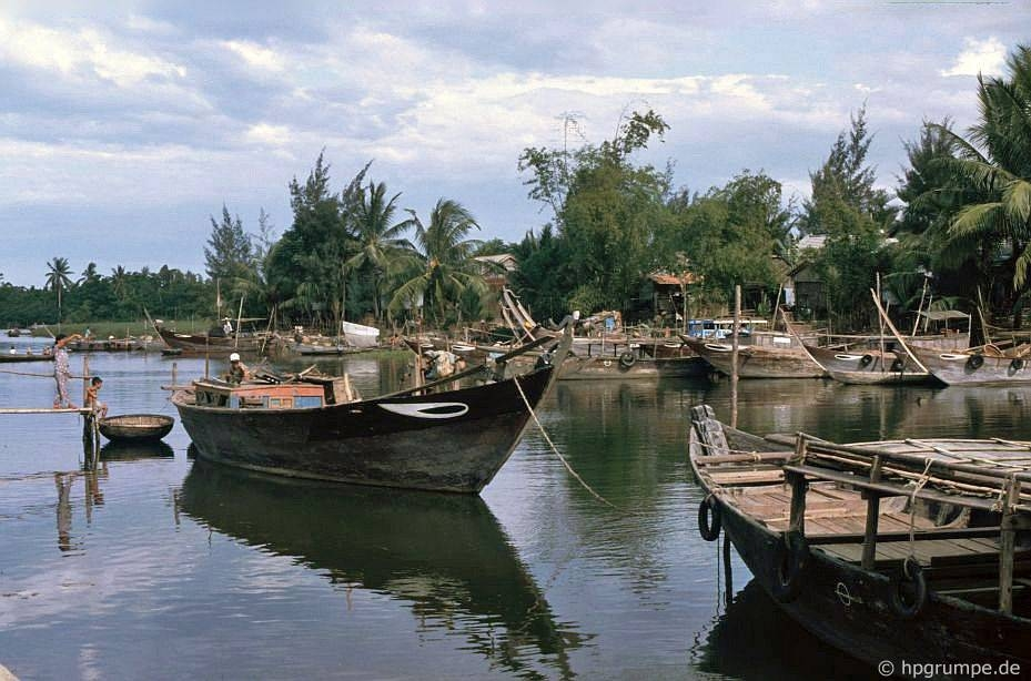hoi an ancient town in 1990s through lens of german photographer