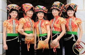 unique costumes of northwest ethnic minority people
