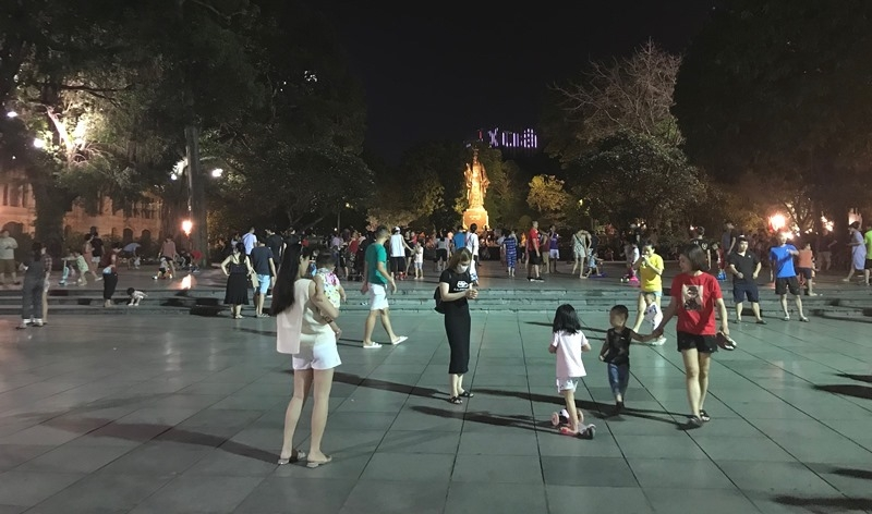 hanoi pedestrian street to reopen starting may 15
