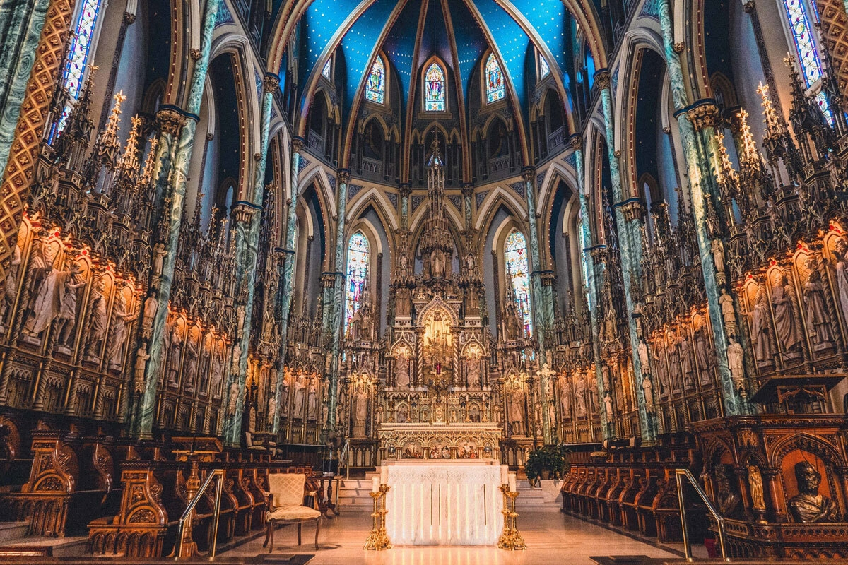 business insider names notre dame cathedral a top 19 most stunning cathedrals worldwide