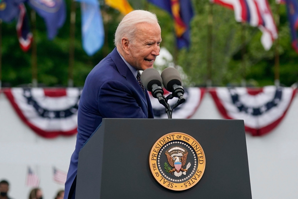 World breaking news today (May 2): Biden frantic after forgetting he put mask in his pocket