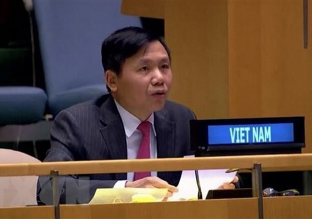 Vietnam News Today (May 6): PM Pham Minh Chinh chairs first regular Government meeting