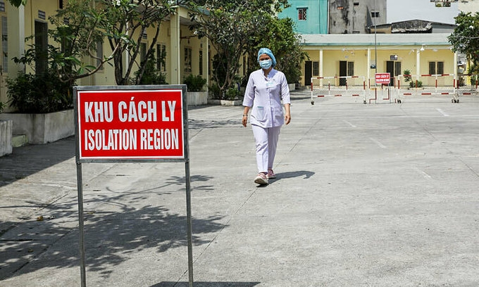 Hanoians urged to stay at home to curb coronavirus spread