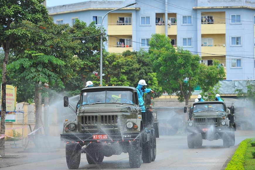 In photos: Army force disinfects Covid-infected hospital