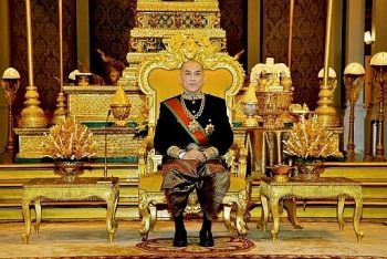 World breaking news today (May 8):  King of Cambodia fires minister for spreading false COVID information
