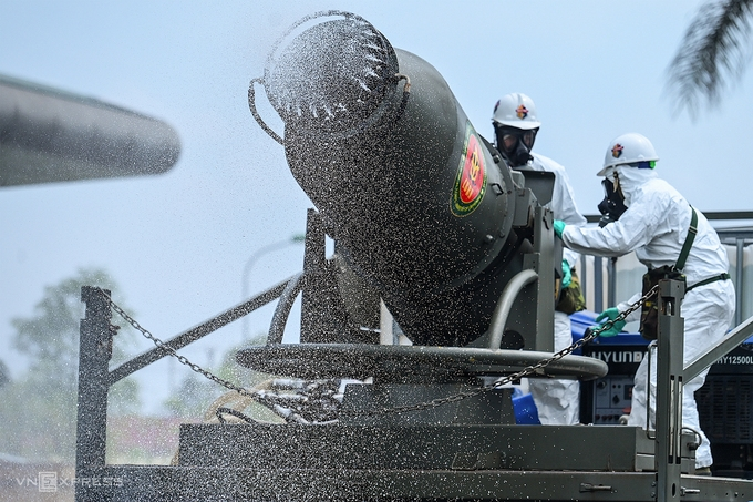 Experts: Vietnam's Covid-19 might peak in next 2 weeks