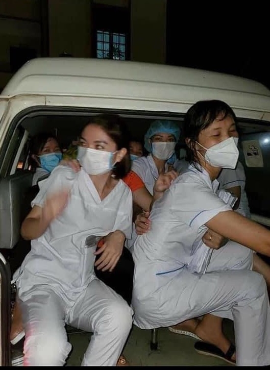 Heart-wrenching photos of exhausted frontline health workers