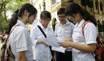 Hanoi students take summer break two weeks early