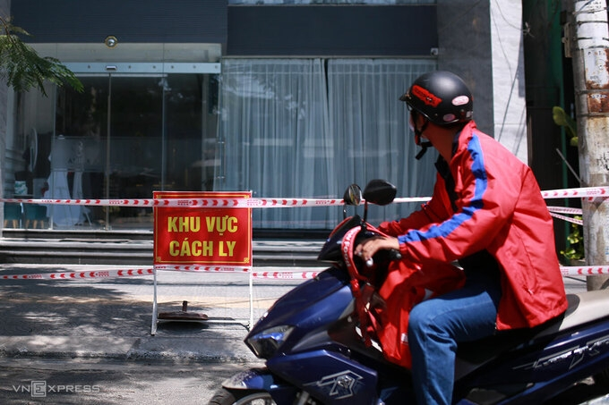 Da Nang halts taxis, delivery services over coronavirus fears