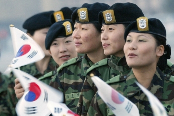 World breaking news today (May 21): Women in military becomes gender battleground in South Korea
