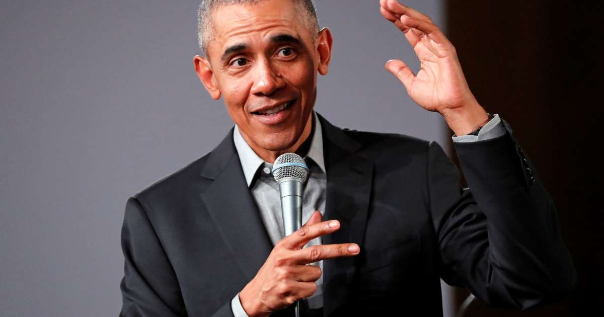 obama praises protesters tells young black people your lives matter