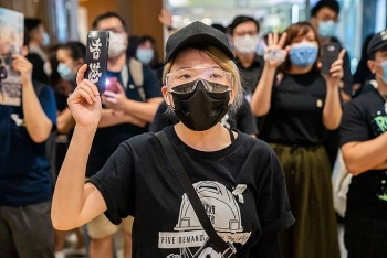 world news today hongkongers could be extradited to china under new security law