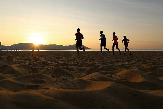 Ideal spots to embrace glamorous sunrise in Quy Nhon beach