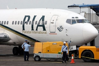 world news today june 26 nearly a third of pilots in pakistan have fraudulent licenses
