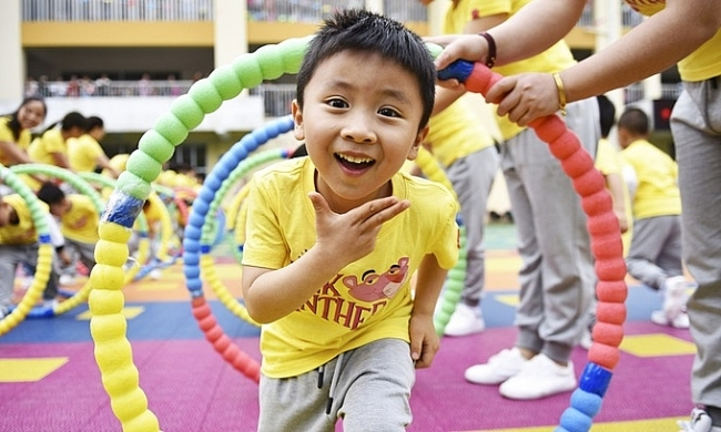 World breaking news today (June 1):  China to allow couples to have third child in major policy shift