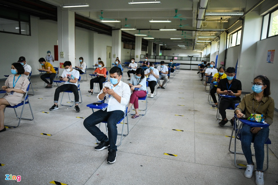 Vietnam expects giant businesses to provide Covid-19 vaccination for workers