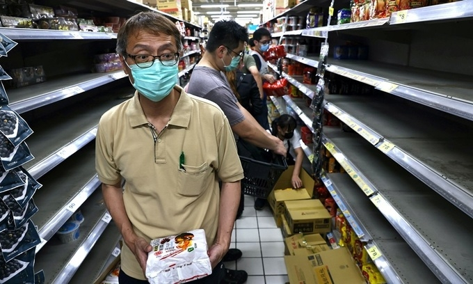 Vietnamese deal with surging cases in Taiwan, normalcy returns to UAE