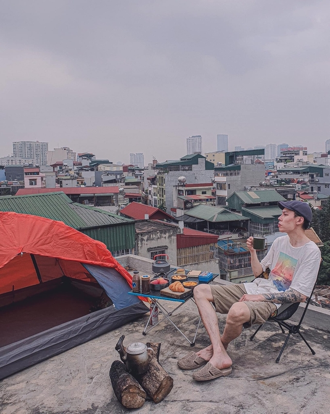 Covid-19 sets 'home travel' trend among Vietnamese youngsters - video