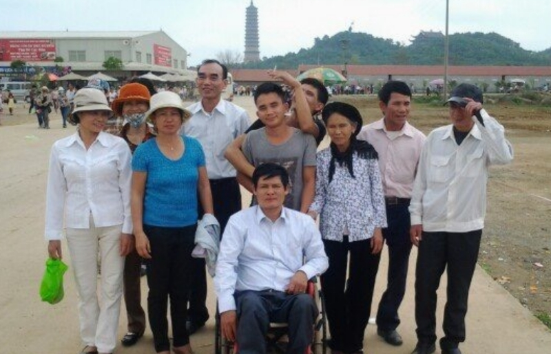 Weaving the dream for Agent Orange victims: helping sufferers overcome adversity