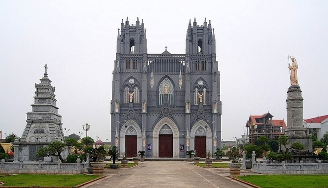 Top 7 most beautiful cathedrals in Vietnam