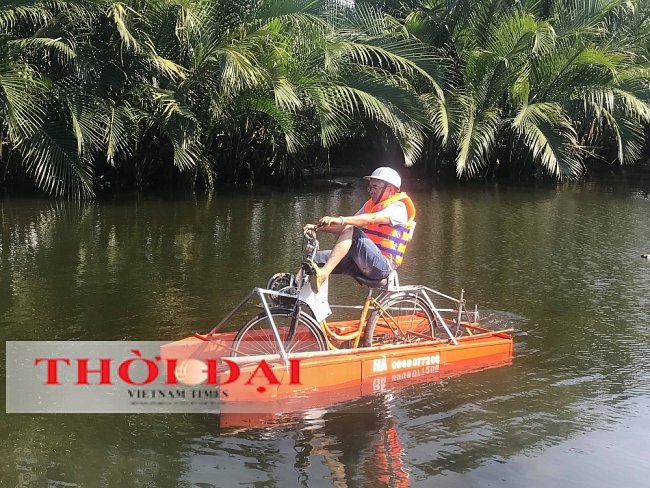 Vietnamese Farmer Creates Amphibious Bicycle for New Tourism Experience