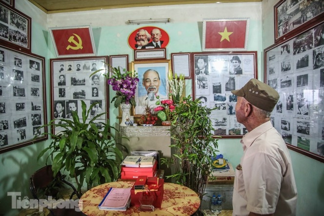 One-of-a-kind Ho Chi Minh memorial room in Hanoian patriot's house
