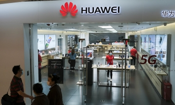 world news today july 7 conservative mps threatens to thwart boris johnsons government over huawei dispute