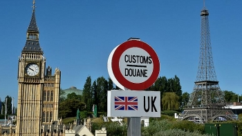 world news today july 11 britons warned of thorough eu border checks after transition period ends