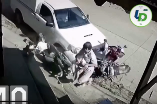 Video: Hurried dad's reaction saves son from tragic car accident