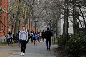 world news today july 15 the us rescinds rule on foreign students
