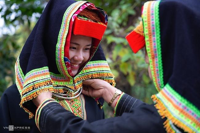 Unique Dao Gu Lang wedding rituals