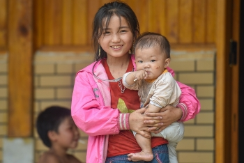 innocent beauty of minority ethnic children in northern vietnam