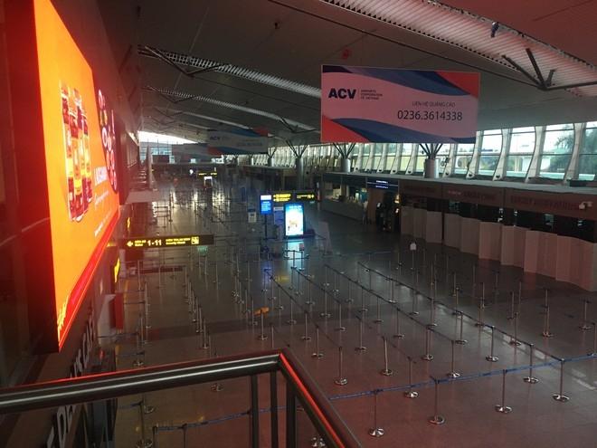 Airport in Da Nang left deserted after the social distancing order