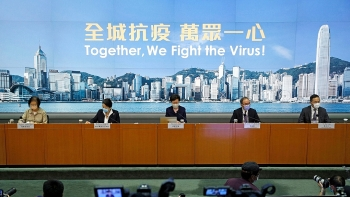 world breaking news today august 1 hong kong delays legislative elections for one year due to covid 19