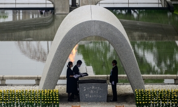 world breaking news today august 7 japan marks 75th anniversary of hiroshima atomic bomb