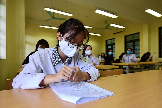 Unprecedented National Graduation Examination during COVID-19 time in Vietnam