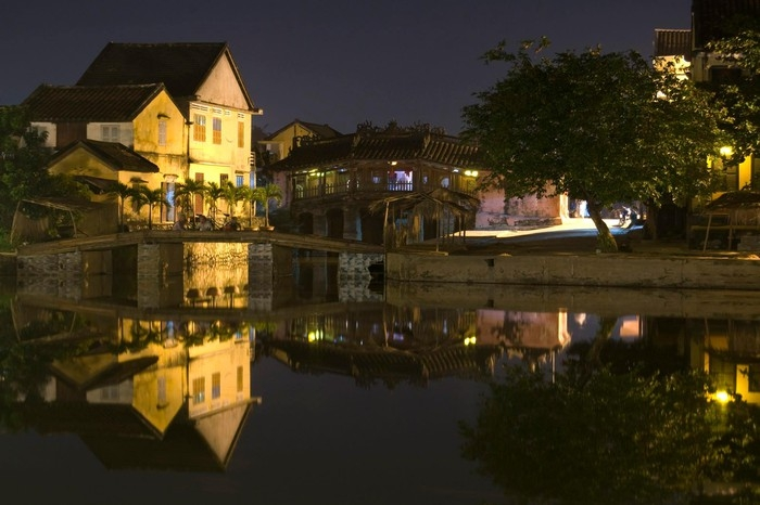 captivating hoi an under the lens of a foreign photographer