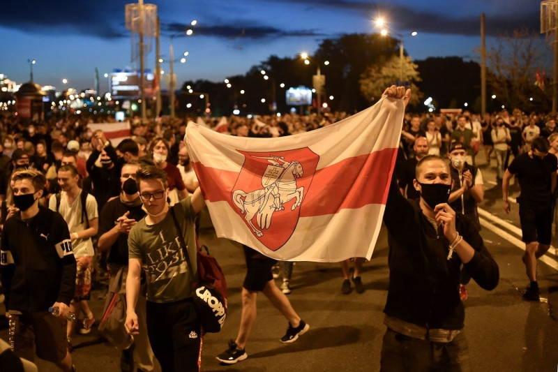 Opposition supporters take to the streets after polls closed in Belarus's presidential election in Minsk, Belarus, on August 9. v