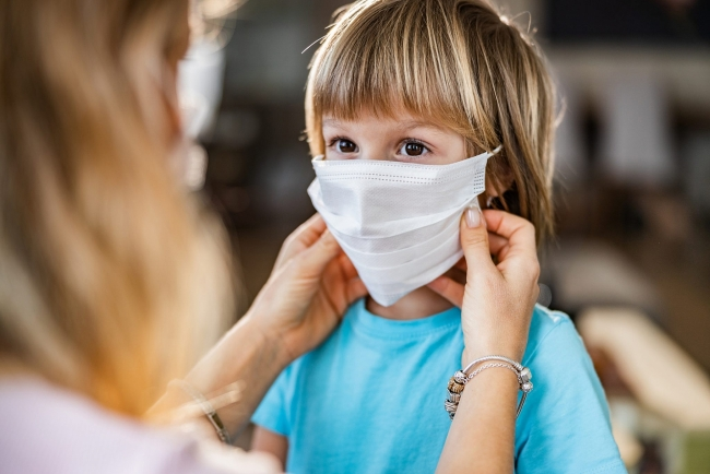 World breaking news today (August 25): WHO: Kids 5 and under should not have to wear masks